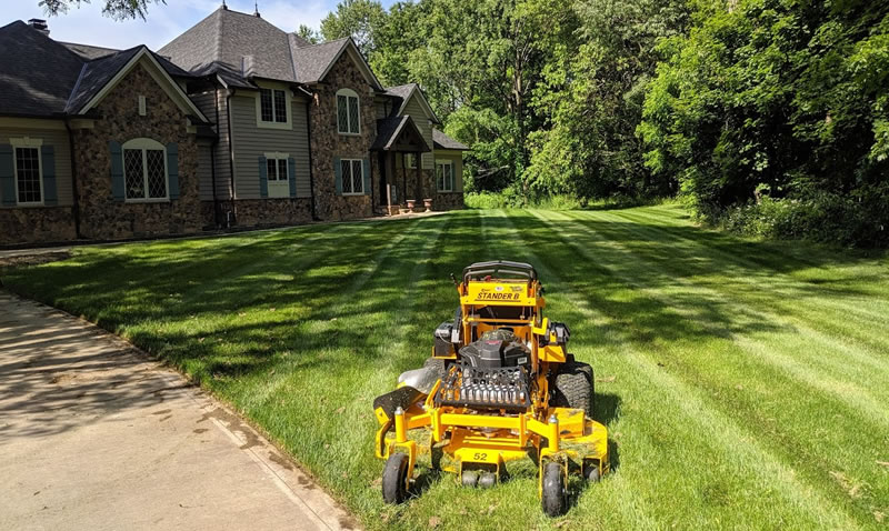 Professional Lawn Mowing Services In Geauga County Ohio.